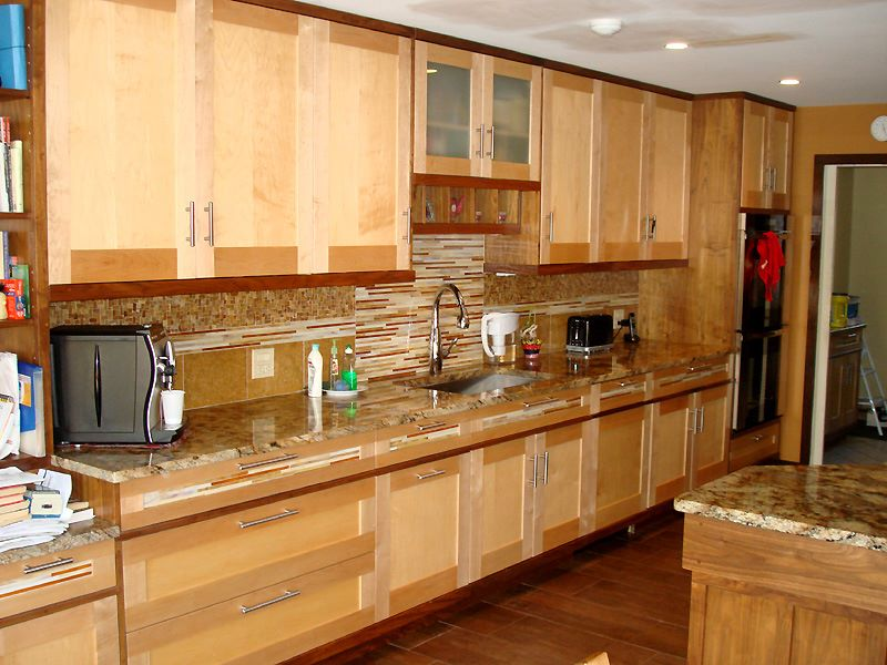 kitchens-cabinets-17